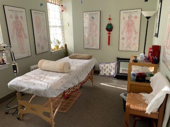 Acupuncture, April Griet, Charles Illingworth. Licensed Acupunturist