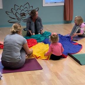 Juli Eckmeier, Kids Yoga, Chair Yoga, Airmid Wellness, Family Yoga, Yoga